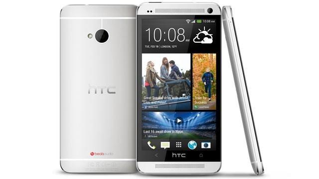 Struggling HTC reports record low quarterly profit